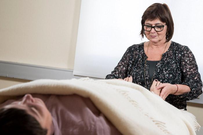 akupunktur og massage ved Karen Bro